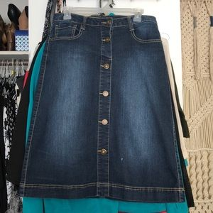 Button jean skirt